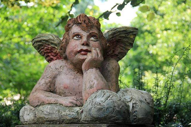 angel-204158_640